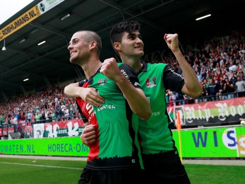 NEC Memenangkan Pertandingan Pertama Melawan De PS