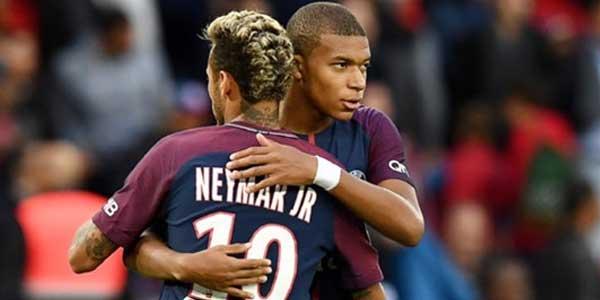 Neymar Sudah Anggap Fans PSG Sebagai Keluarga Sendiri